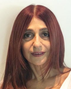 Profa. Cinthya Graber