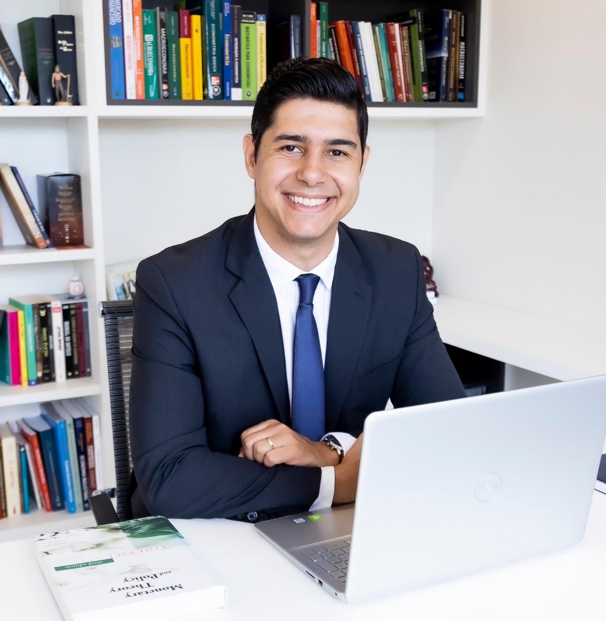 Prof. Dr. Rodolfo Tomás da Fonseca Nicolay
