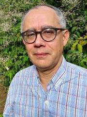 Professor David Ricardo Ramos